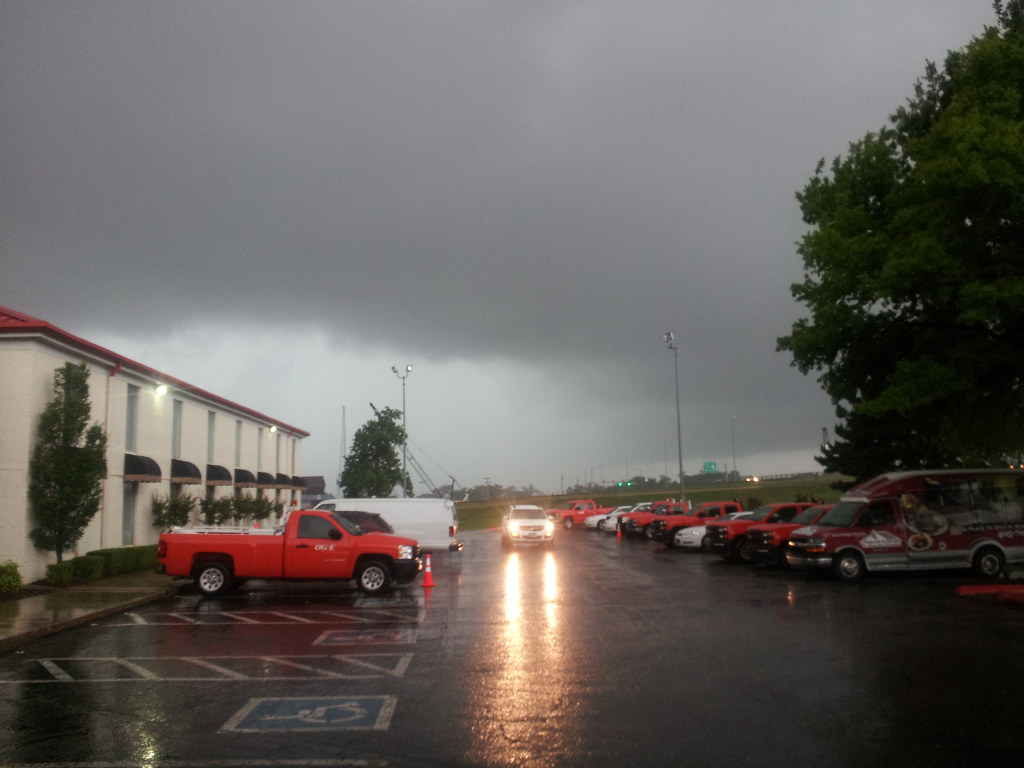 2015-05-19 stormy parking lot-1024px